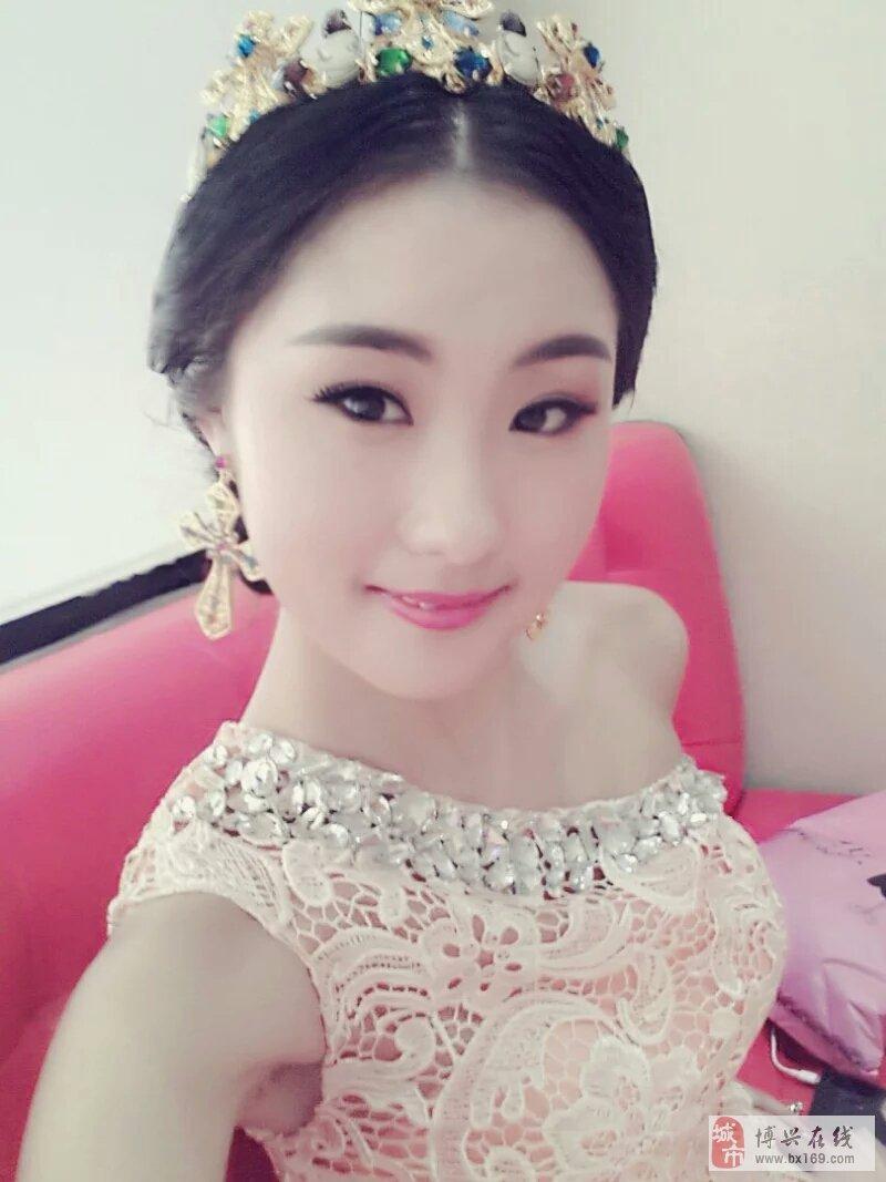 【服装秀场】张立娟22岁白羊座美女美女矢量头像个体户_图片