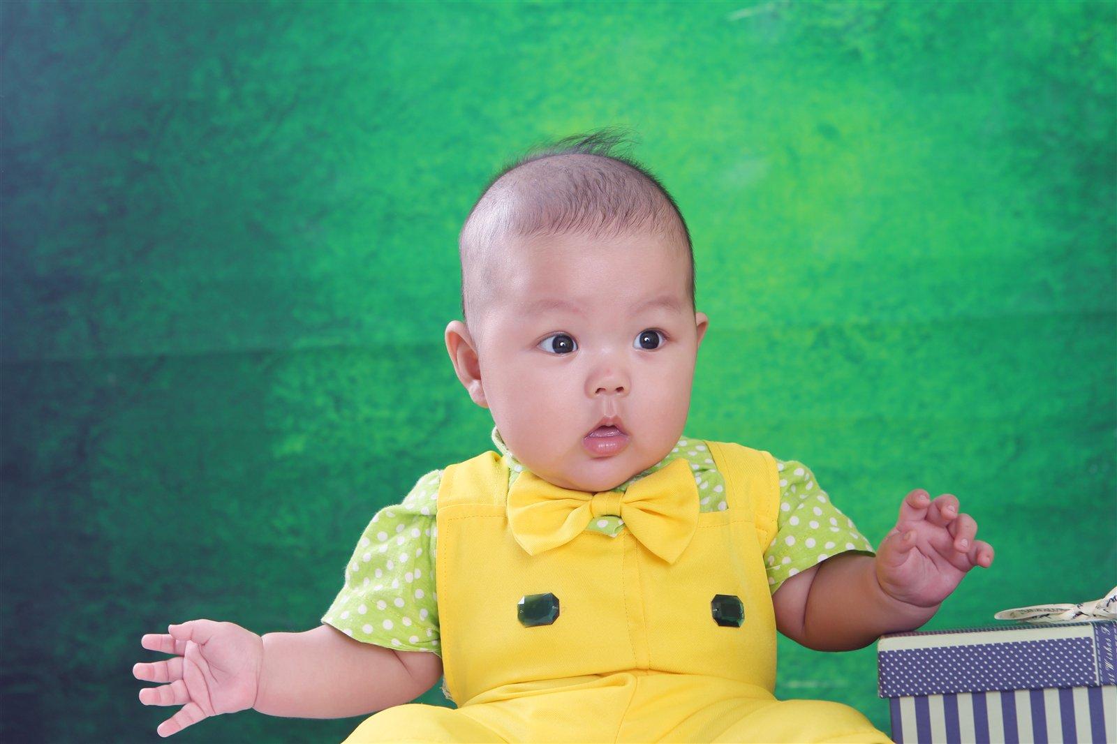 年龄:5个月 兴趣爱好:爱笑 家长寄语:希望铭宇成为一家人快乐的小宝贝