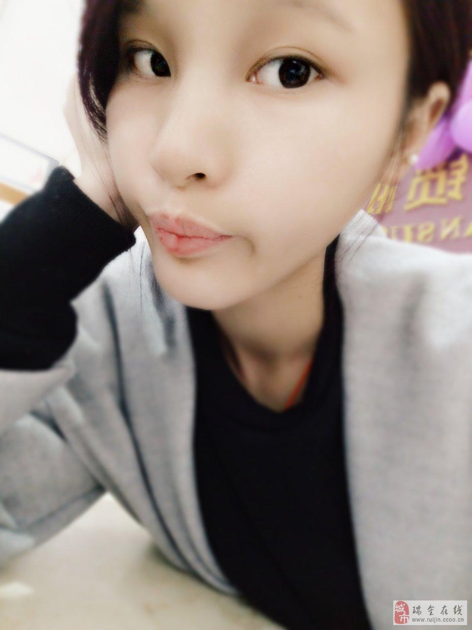 【美女秀场】温玲娜 0岁