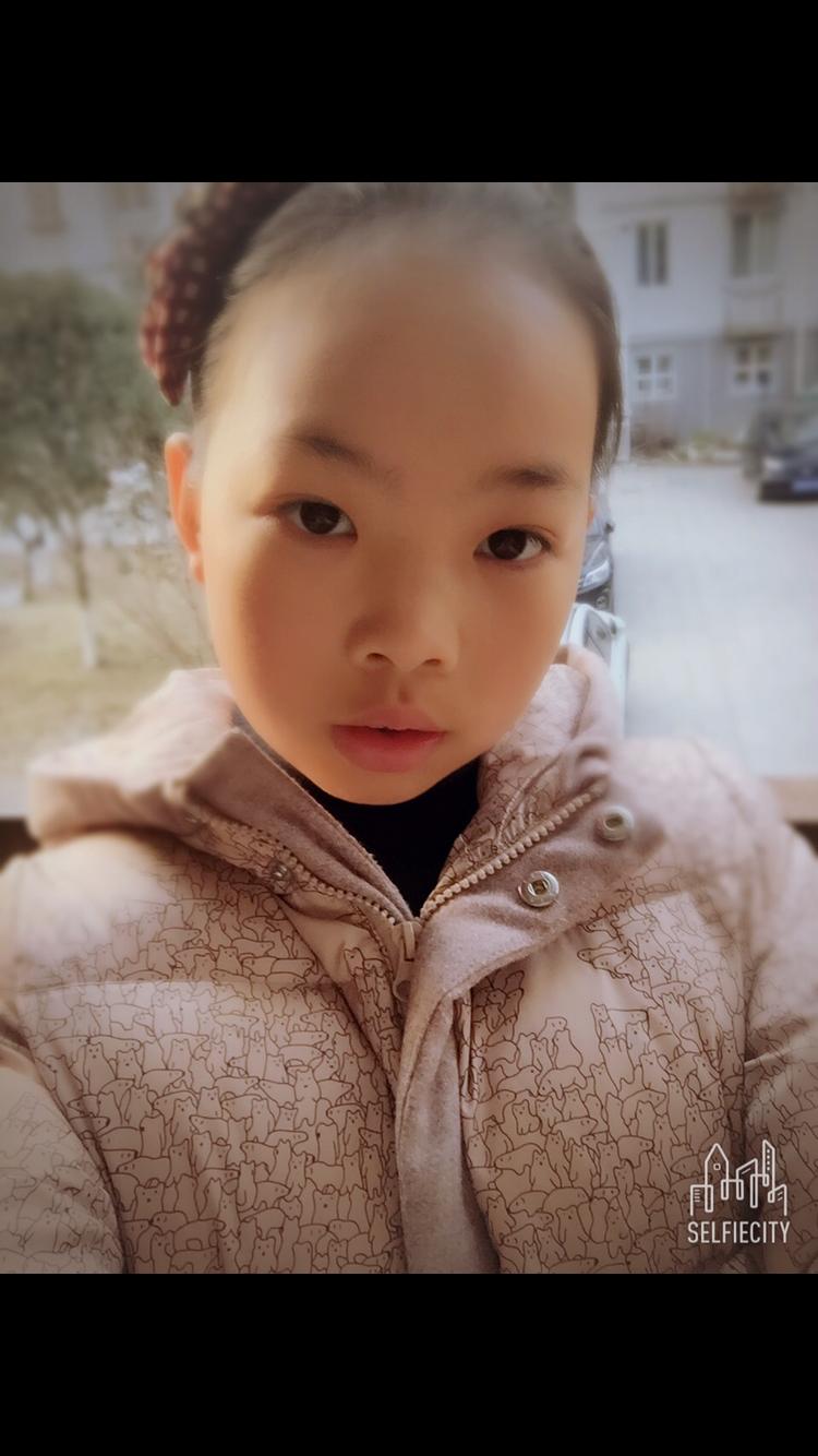 十三岁处女bb_【美女秀场】徐婧仪 13岁 处女座 学生