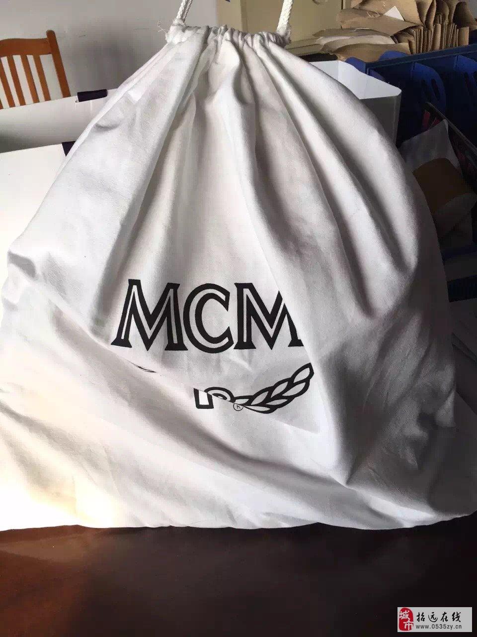 招远MCM双肩包铆钉经典款出售