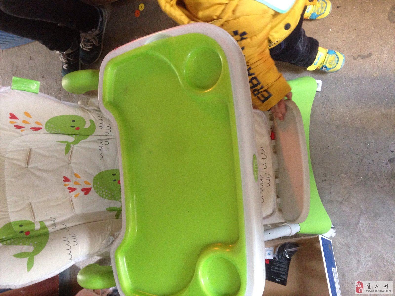 宝宝餐座椅