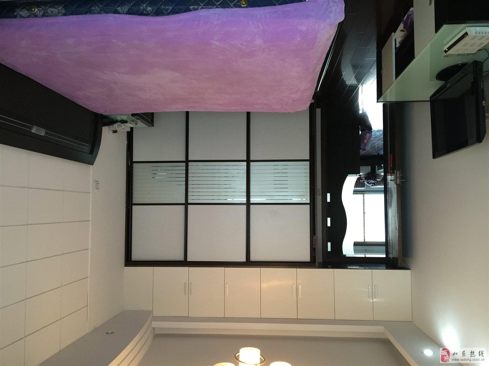 出售135平方精装修房屋
