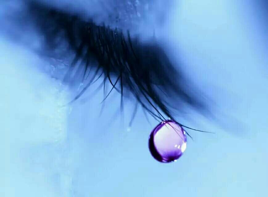 じ眼角ㄨ的泪べ