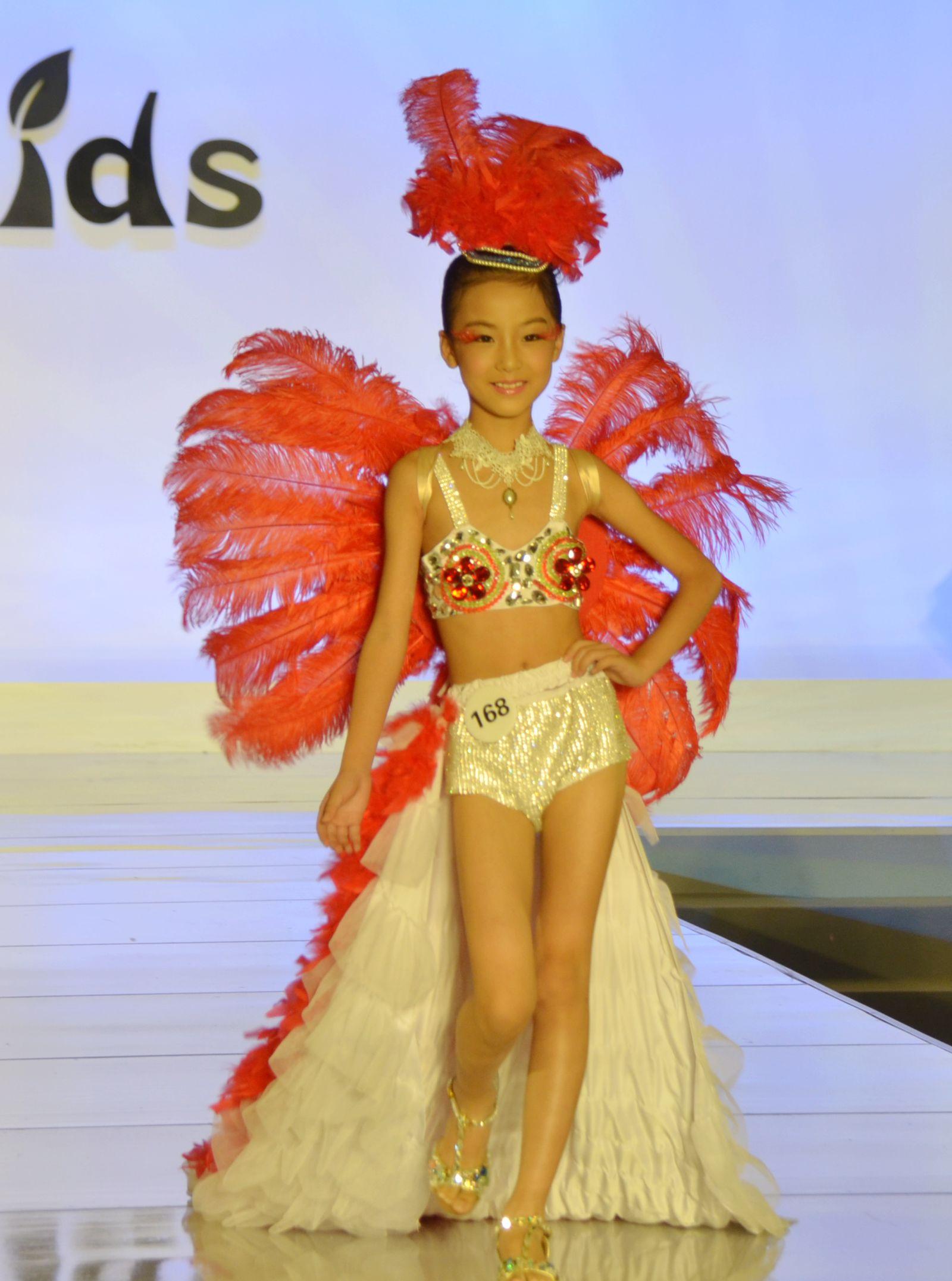 银河杯2015广西新丝路中国首席少儿模特大赛