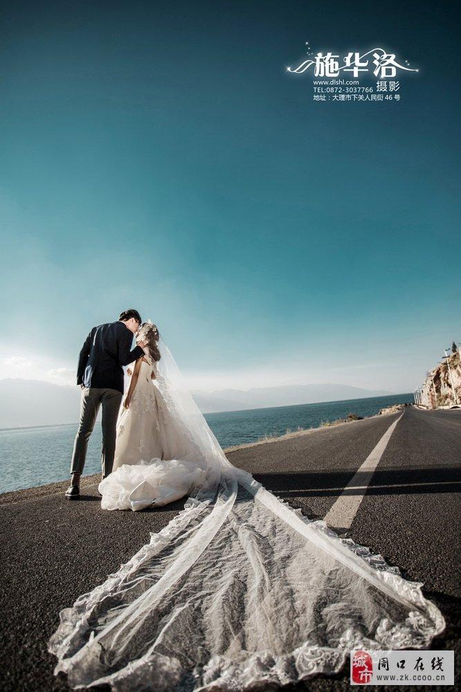 大理拍婚纱照十指相扣的幸福