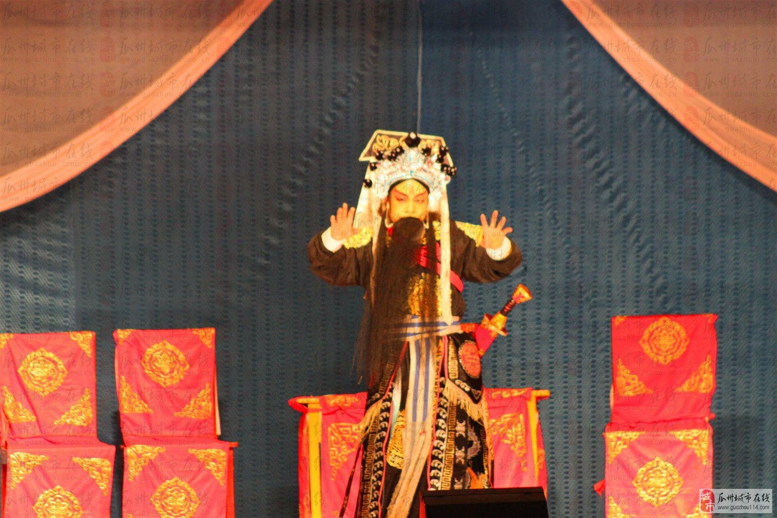 国庆七天乐文化馆大舞台秦腔演出为市民带来文化大餐
