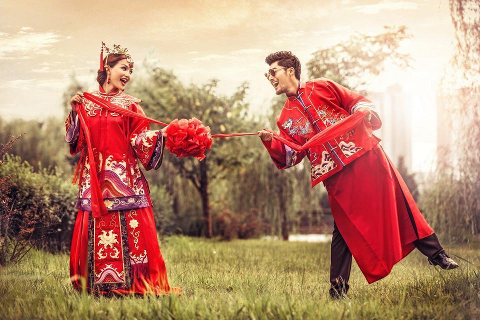 三亚婚纱摄影-古装婚纱照完美拍摄攻略