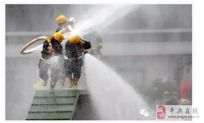 【都来看看,消防兵平时都训练些啥?】_消防安