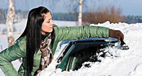 冰雪天气,爱车被冻怎么办?