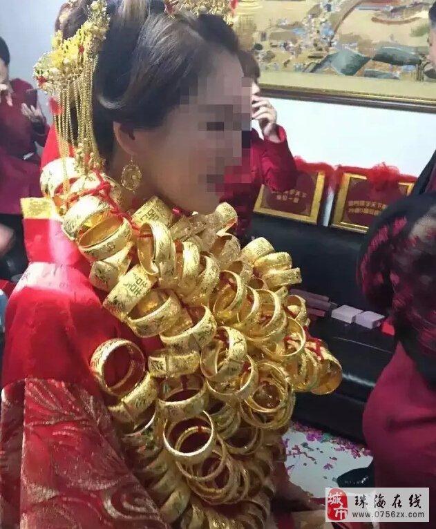 三乡雅居乐中心城惊现一夸张婚礼,好像拍戏一样,皇帝般的架势!!!
