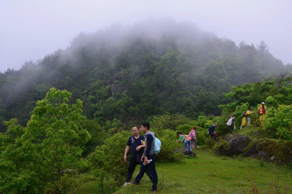 穿越安溪笔架山,春游踏青野炊、自虐式探险攀岩~~~~