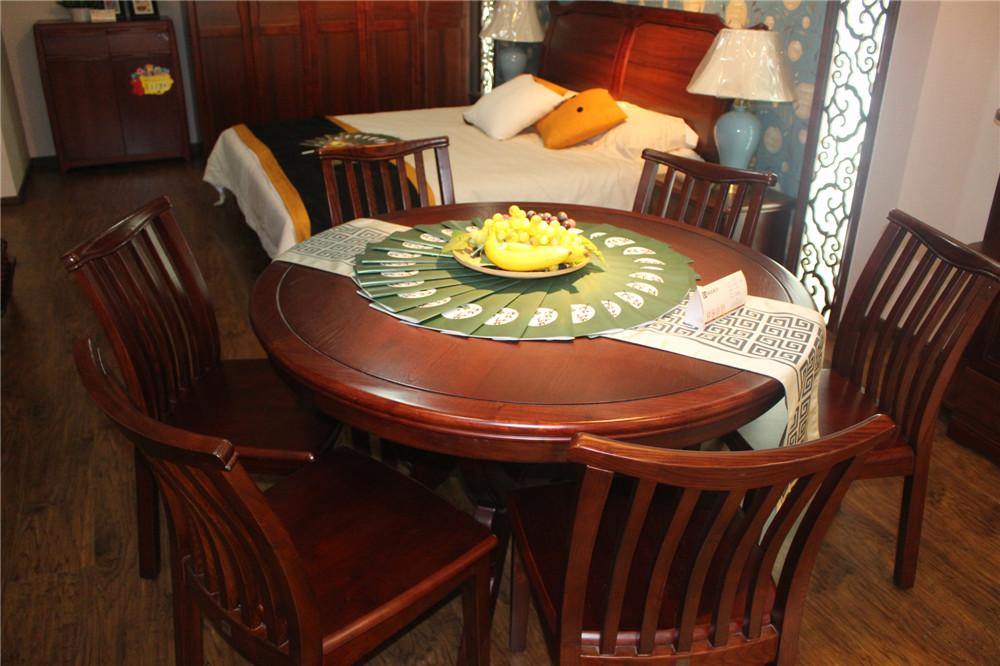 鼎高实木餐桌