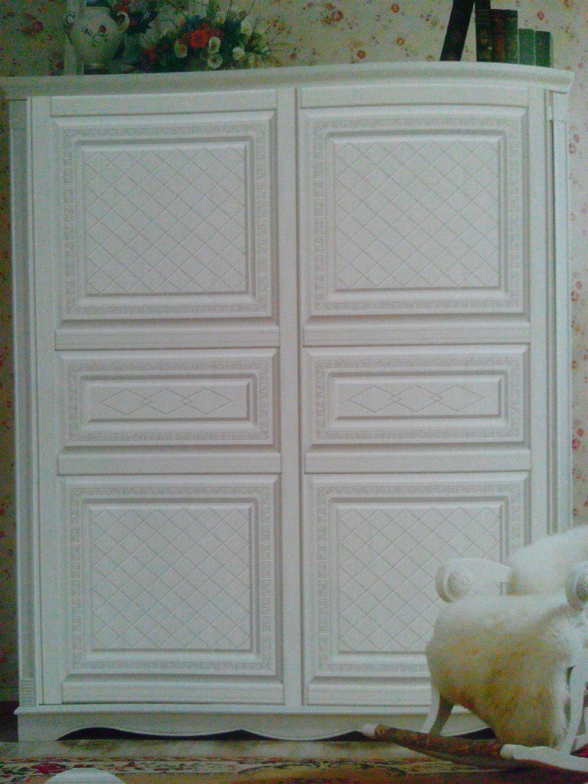 吸塑雕刻衣柜门