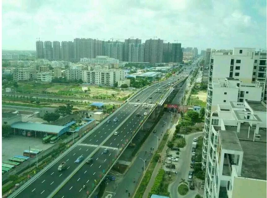 北海:广东路跨铁路立交桥今日正式通车