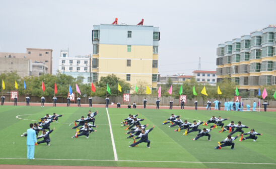 甘肃煤炭工业学校首届趣味运动会