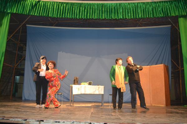 团节目丰富,有蒲剧清唱,还有器乐合奏、小品、眉户小戏、舞蹈、歌