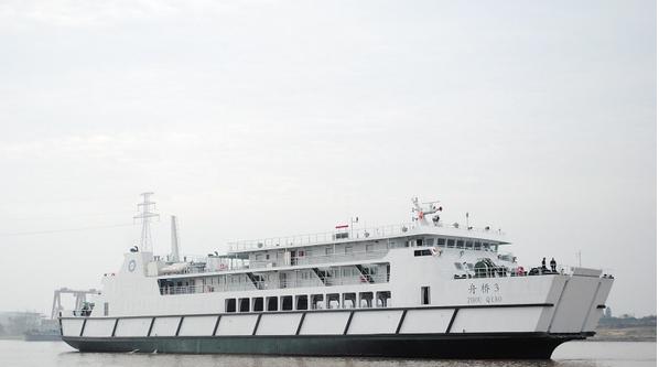 客货船主船体结构图