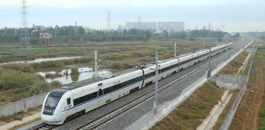海南环岛高铁西段30日开通运营