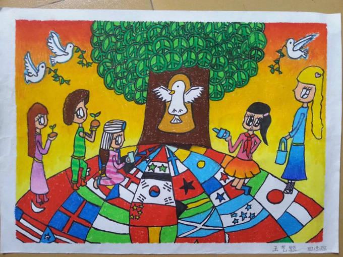 琼海市第一小学2016年元旦学生绘画比赛一等奖作品欣赏 一年级到六年级都全了