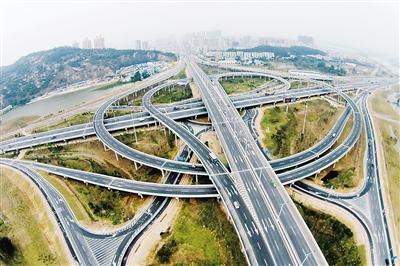 协调均衡发展 城市扩容提质珠海适应发展需求