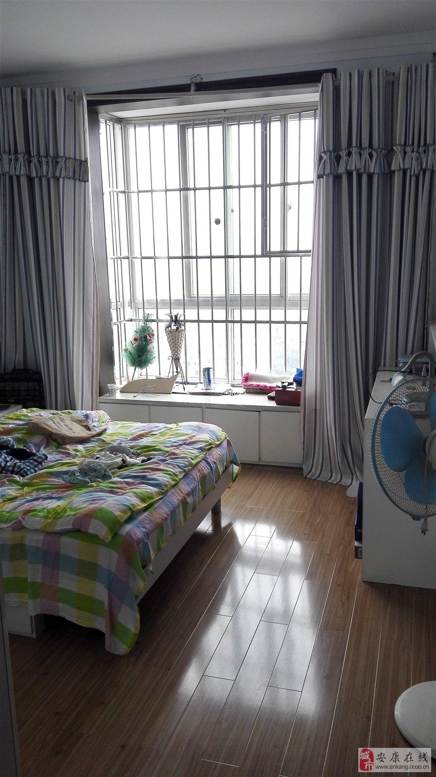 精装修3居室130平米新房子拎包即住仅3天