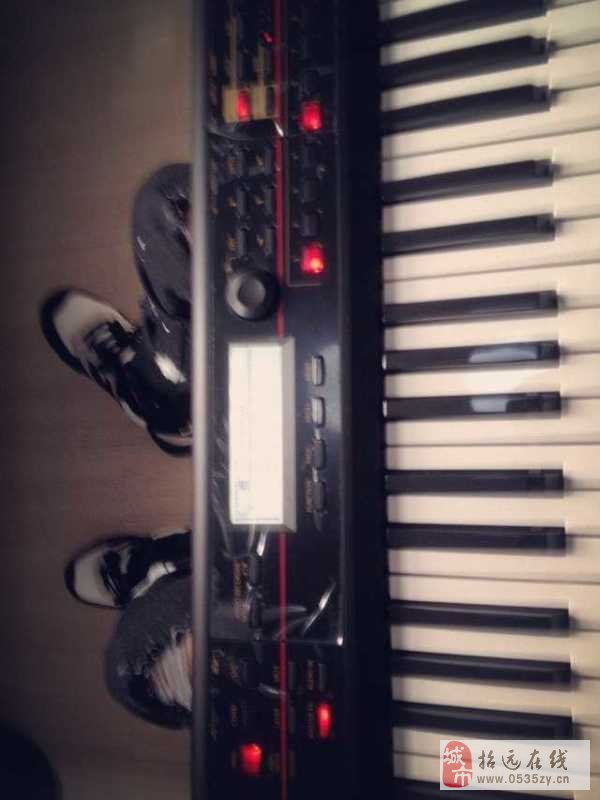 招远出售电子琴 korg kross
