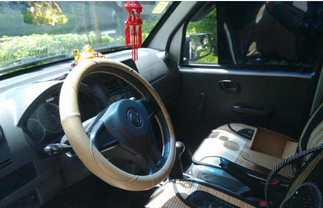 2.6万出售东风小康K07S面包车