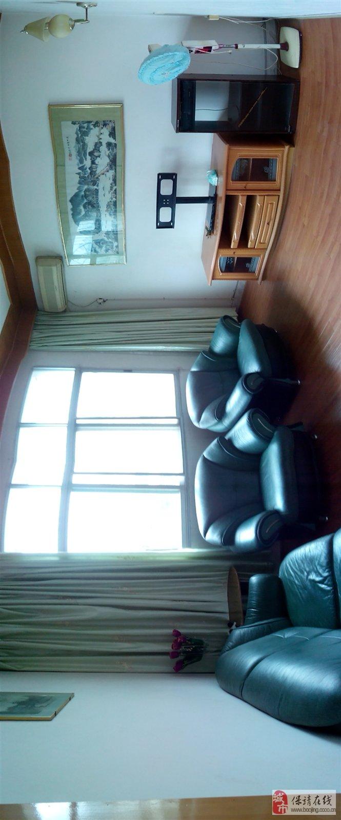 保靖县原公安局宿舍三室两厅一套出租