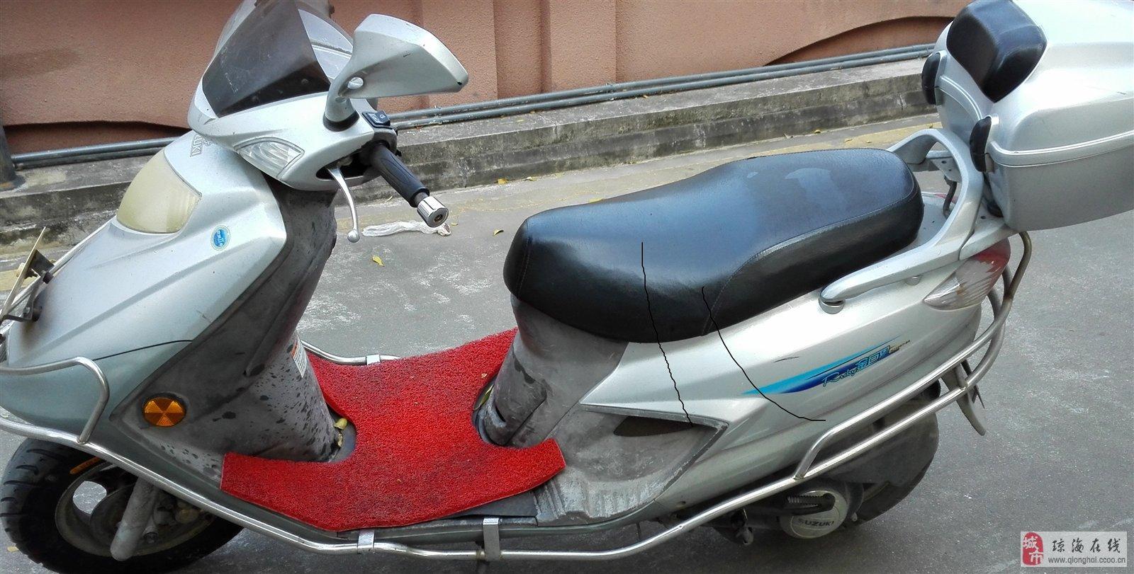豪爵铃木踏板车125cc出售