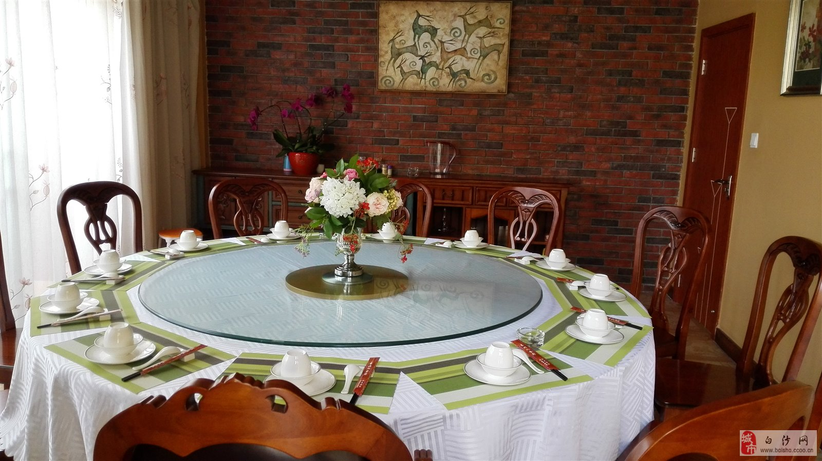 美食桌子背景素材