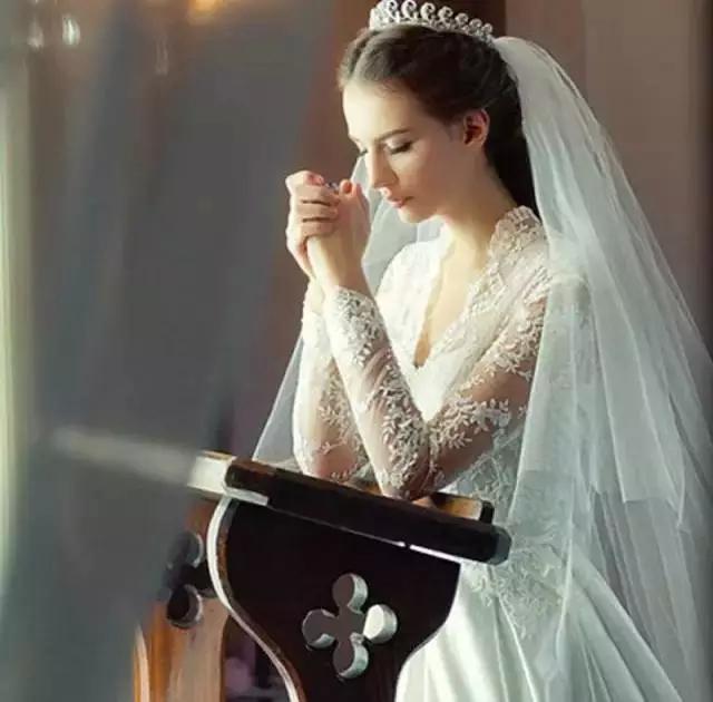 婚纱廓型对身材影响到底有多大