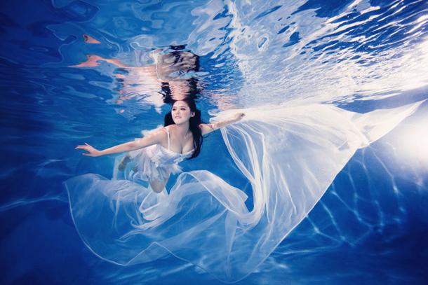 水下摄影 绝美再现幸福