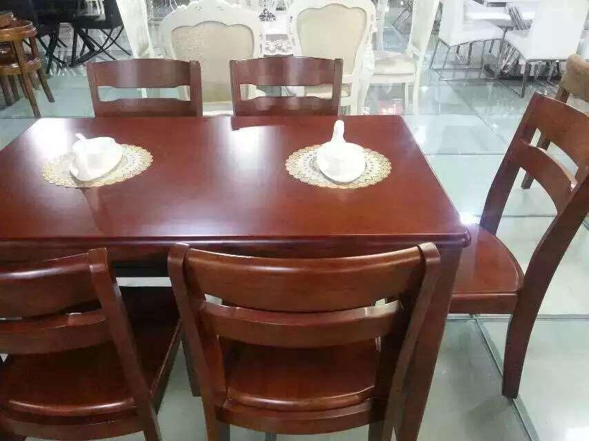 ��木餐桌