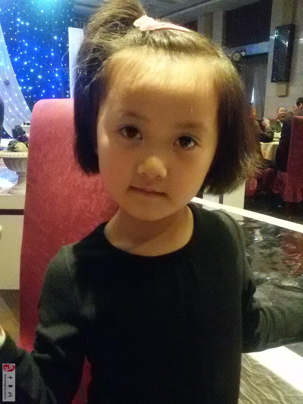 宝宝姓名:姚雨萱 宝宝年龄:5 宝宝性别:女 宝宝介绍:活泼可爱 对孩子
