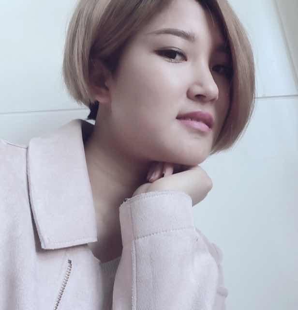 【美女秀场】何诗雨 0岁