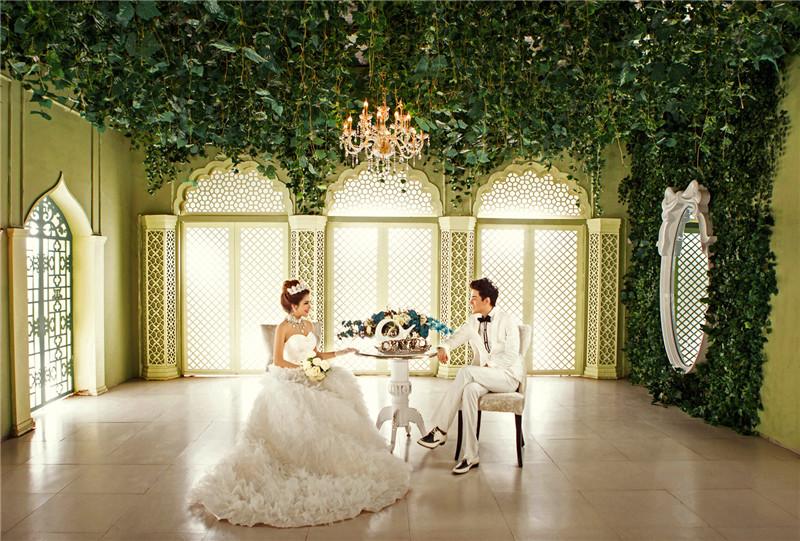 室内婚纱摄影工作室_婚纱摄影工作室